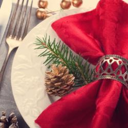 CHRISTMAS DAY LUNCH - AMAZING 3 COURSE MENU, GLASS OF BUBBLES, & LIVE MUSIC WITH PETER SULLIVAN & ANDREA LEES - ALL JUST $129.50